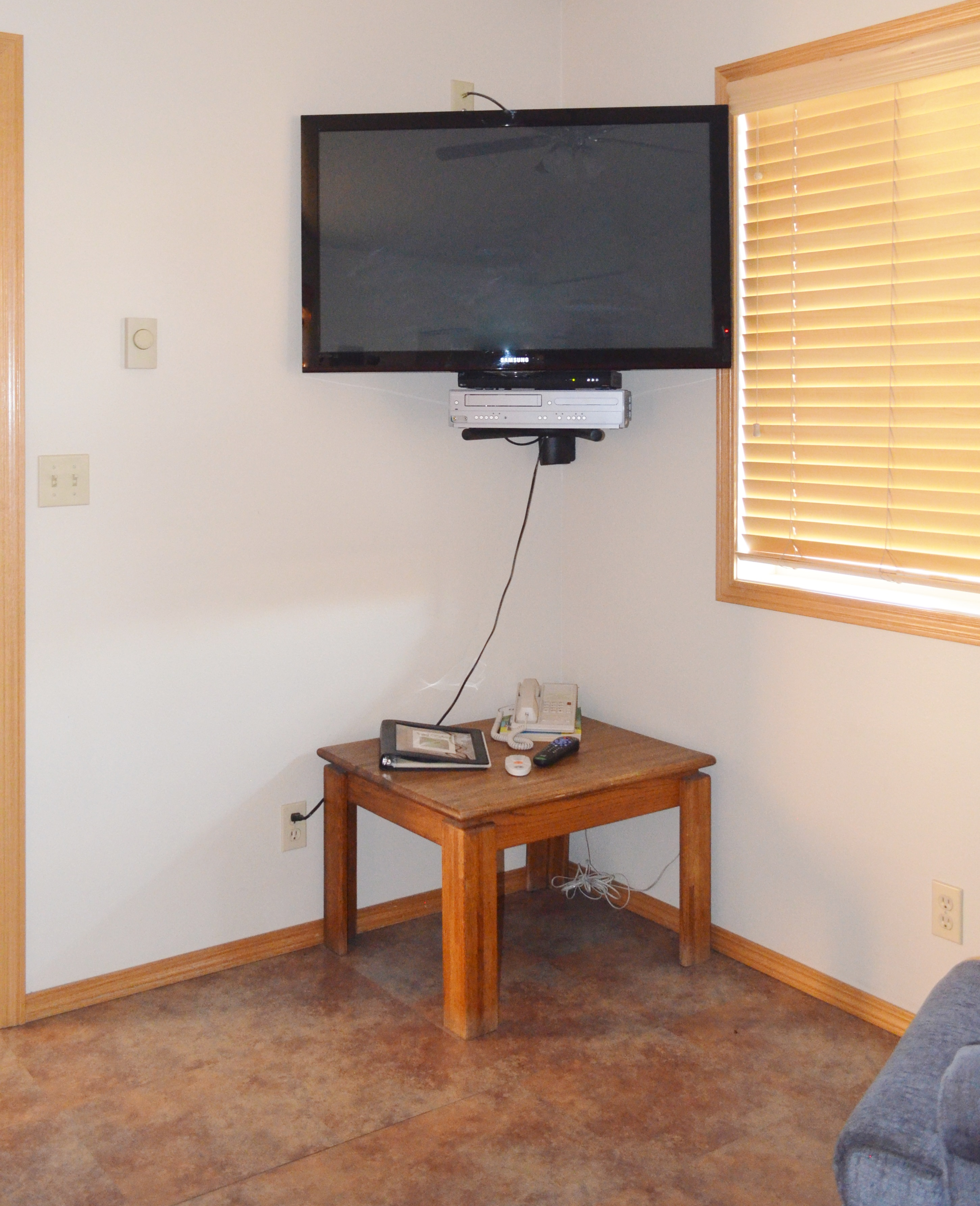 Moose Creek TV Corner