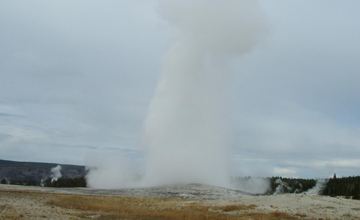 Old Faithful Yellowstone