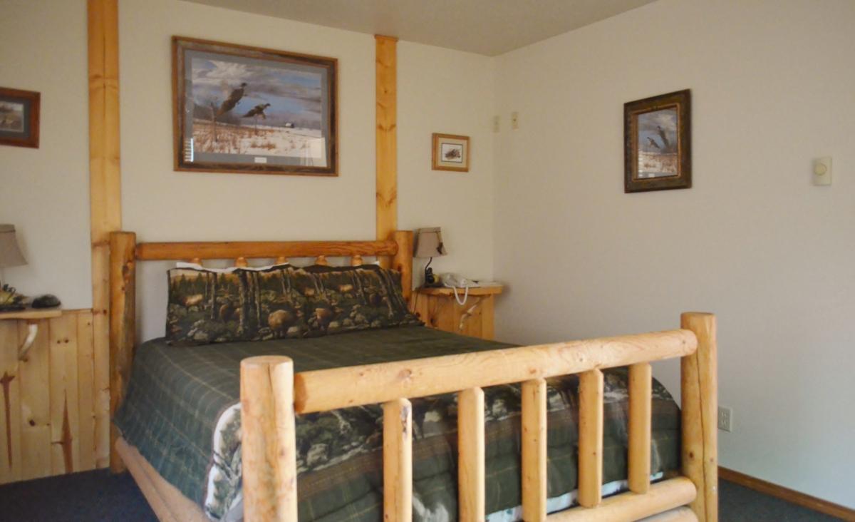 Rainy Creek Bedroom 3